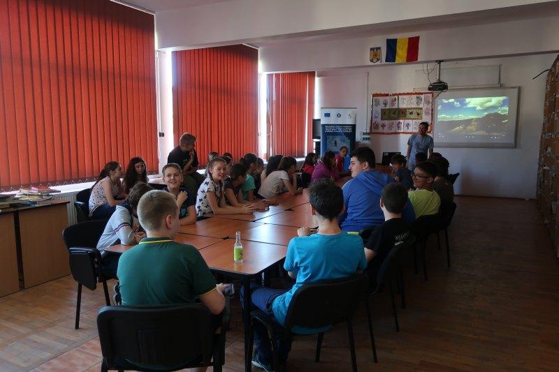Întâlnire de conștientizare cu elevii din com. Șuncuiuș și com. Poieni, jud. Bihor