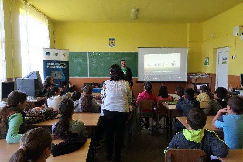 Întâlnire de conștientizare cu elevii din com. Budureasa și com. Vadu Crișului, jud. Bihor